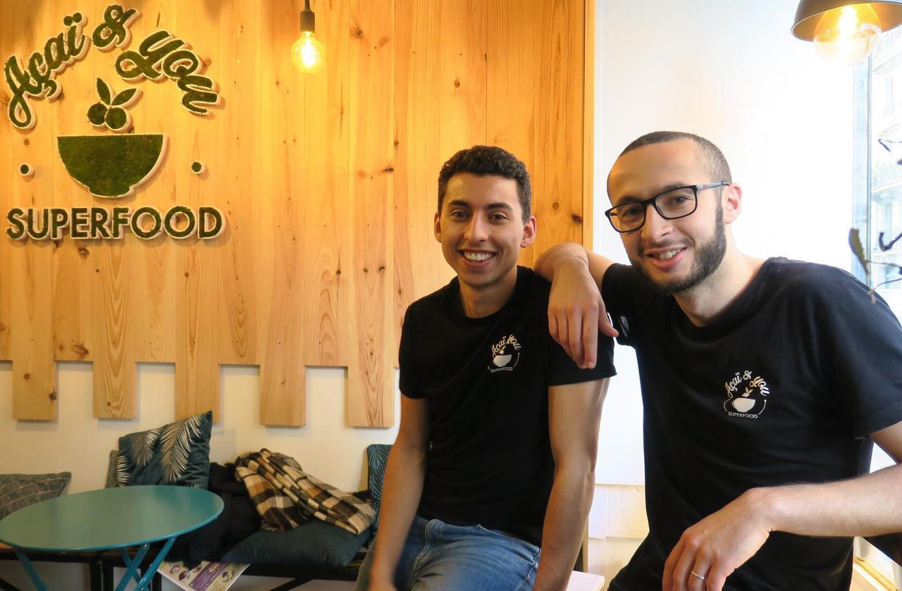 Ces deux jeunes Yvelinois ont ouvert le premier bar à açaï de Paris