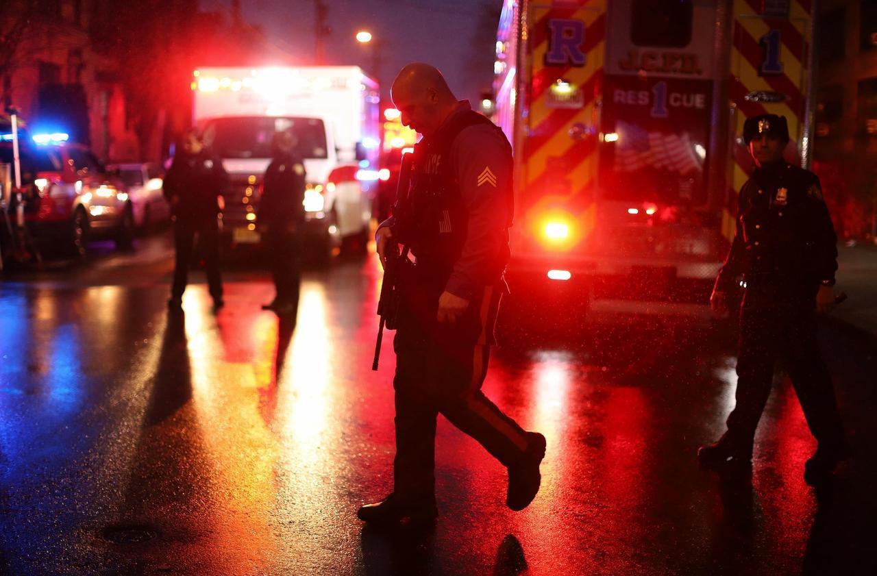 Etats-Unis : six morts dans une fusillade près de New York