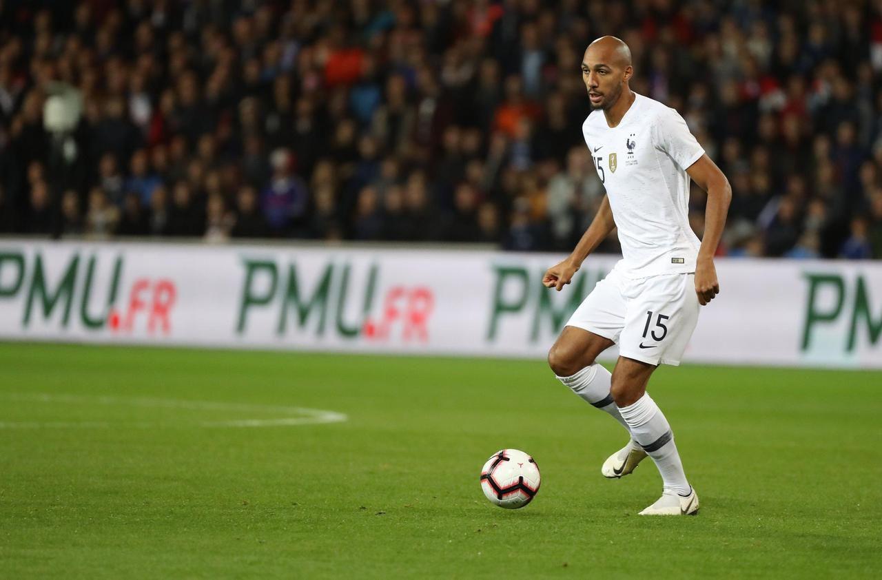 Pays-Bas - France : Nzonzi remplace Pogba
