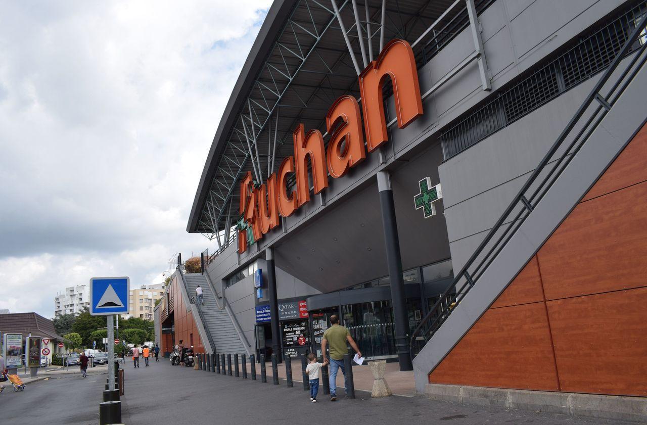 Auchan taille dans ses effectifs, 517 emplois supprimés