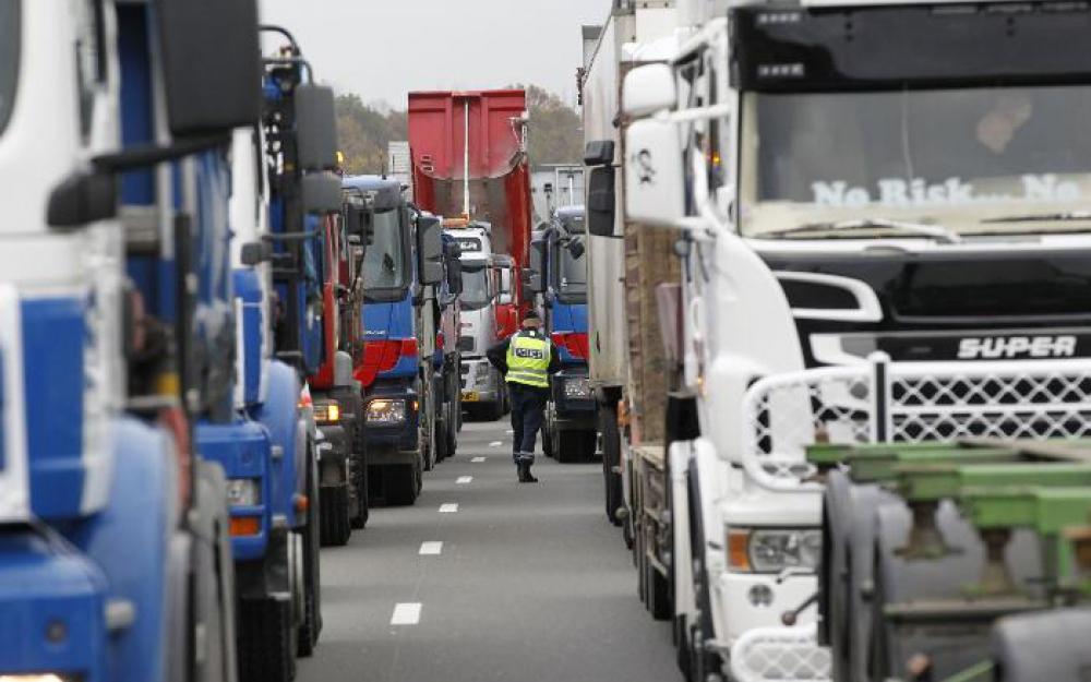 Loi Travail : les routiers prêts à intensifier leurs actions la semaine prochaine