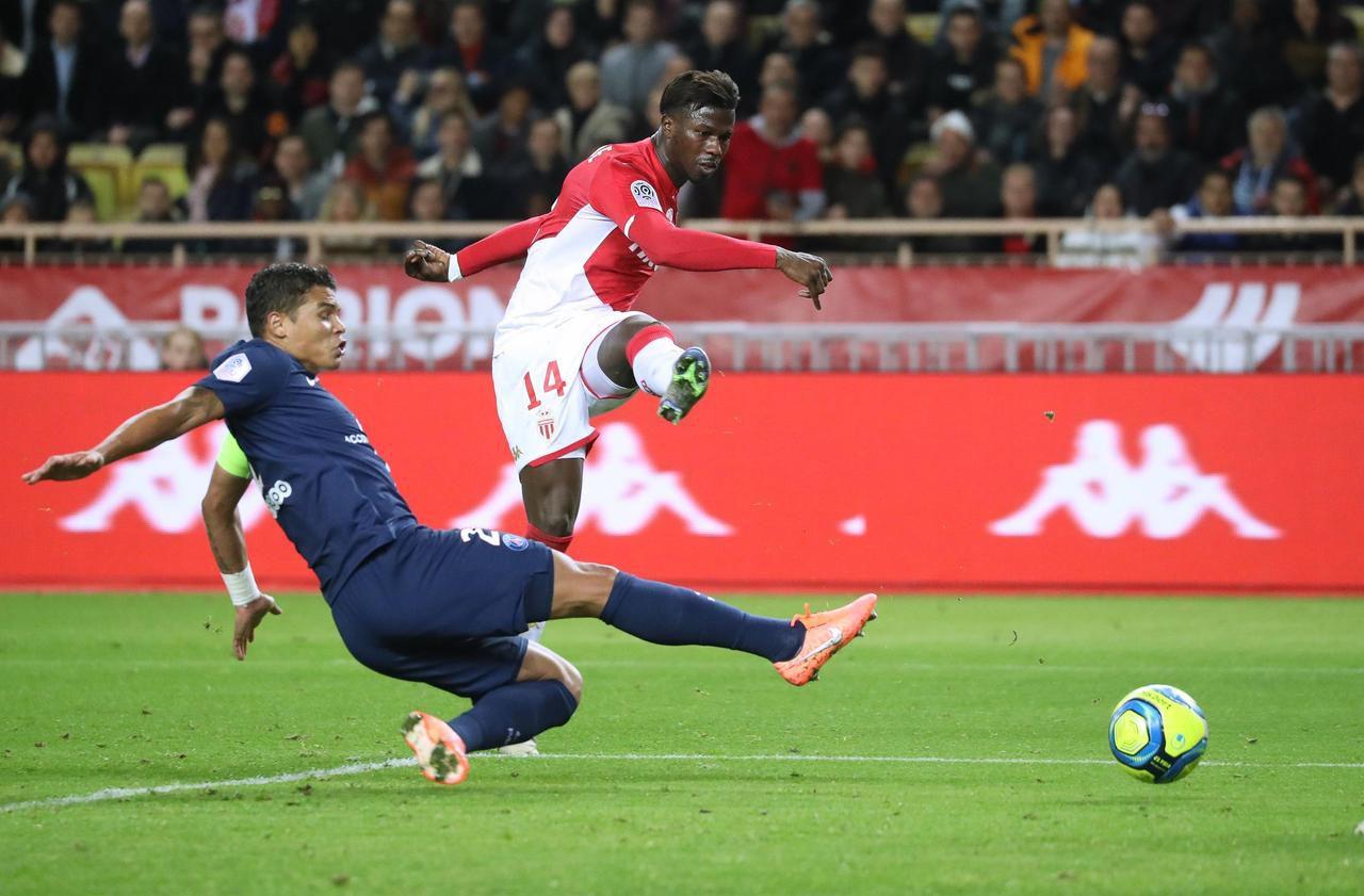 PSG : «Il faut garder Cavani », insiste Thiago Silva