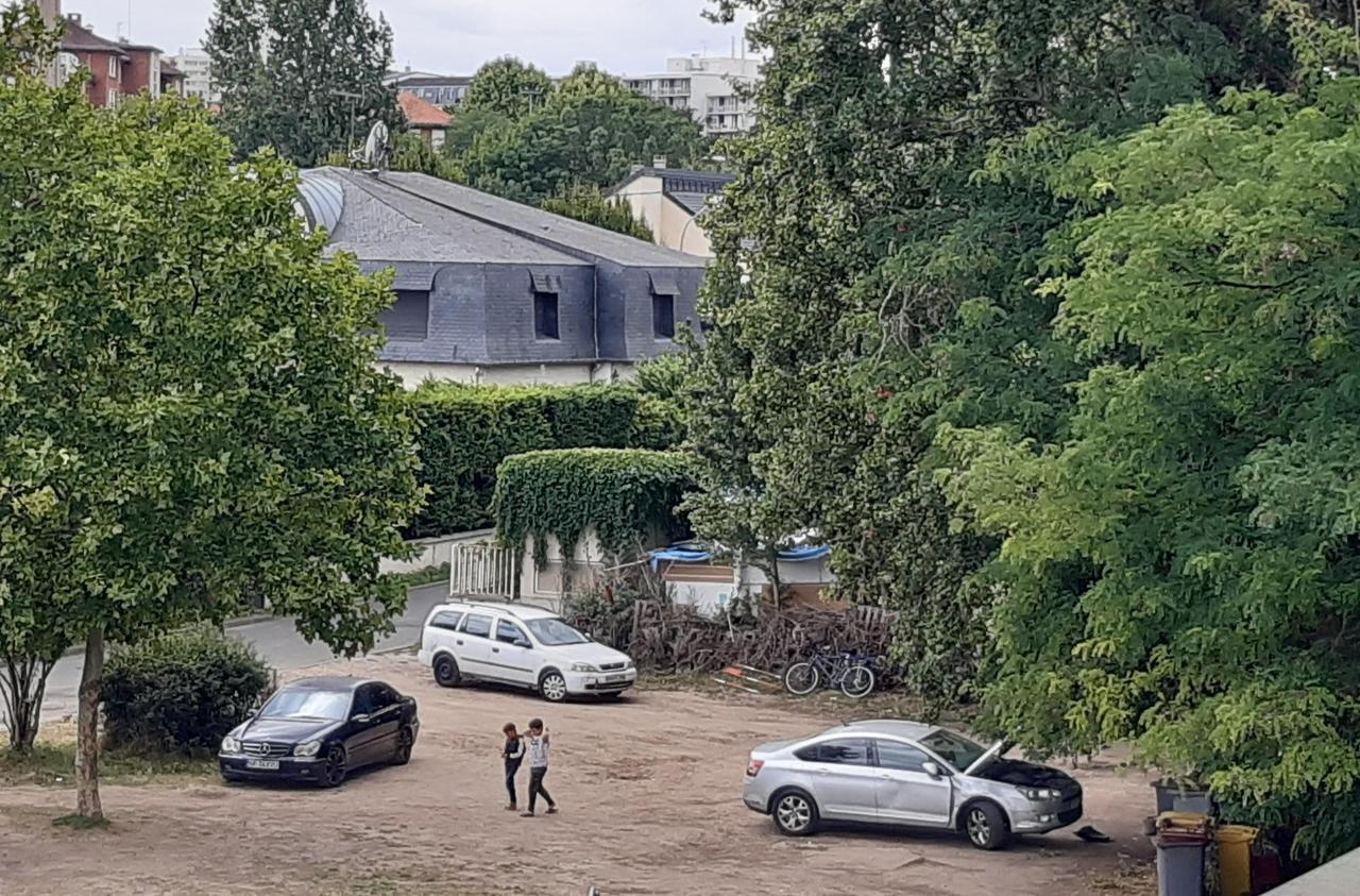 Créteil : les Roms installés sous le pont bientôt évacués