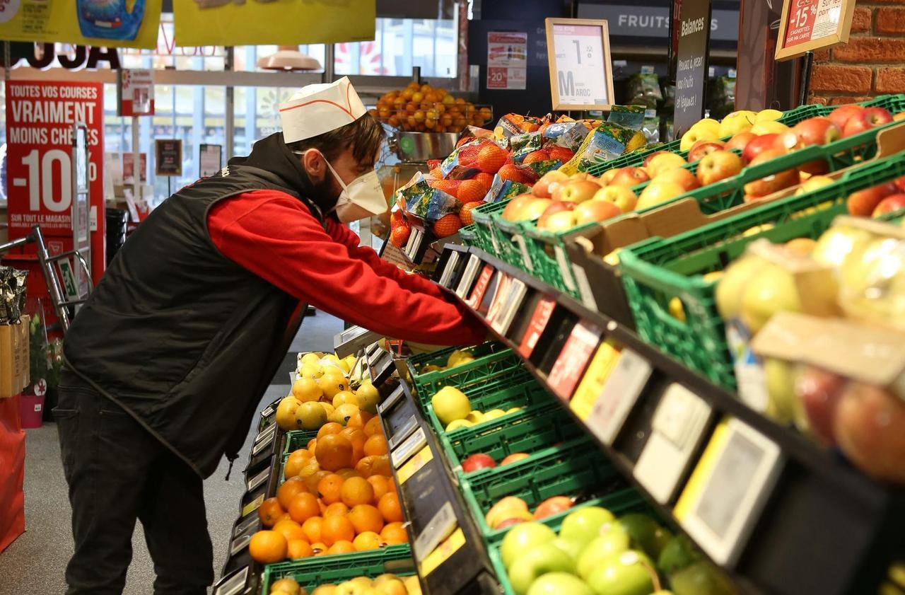 Coronavirus : la pénurie guette-t-elle nos supermarchés ?