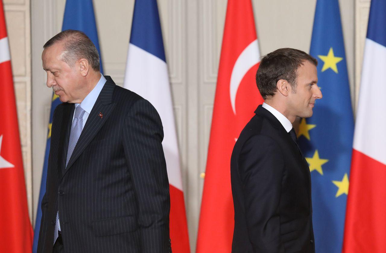 «Fais d'abord examiner ta propre mort cérébrale» : Erdogan s'en prend violemment à Macron
