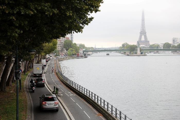 Paris : la mairie ne souhaite plus de voitures à essence à partir de 2030