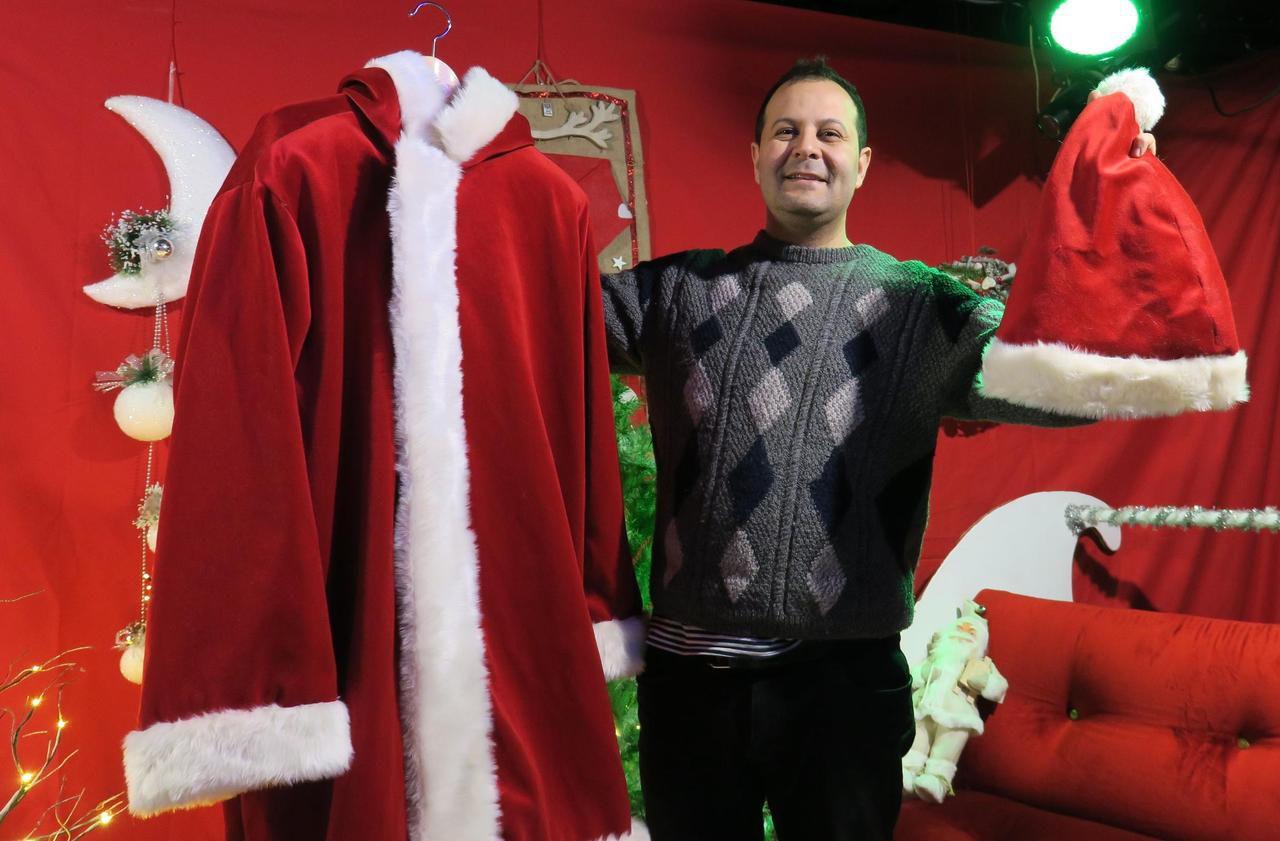 Le Père Noël des cités d'Ile-de-France, c'est lui !