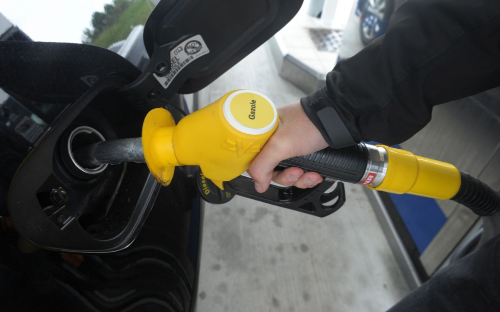 Prix du diesel : le gouvernement confirme une hausse des taxes de 10% dès 2018