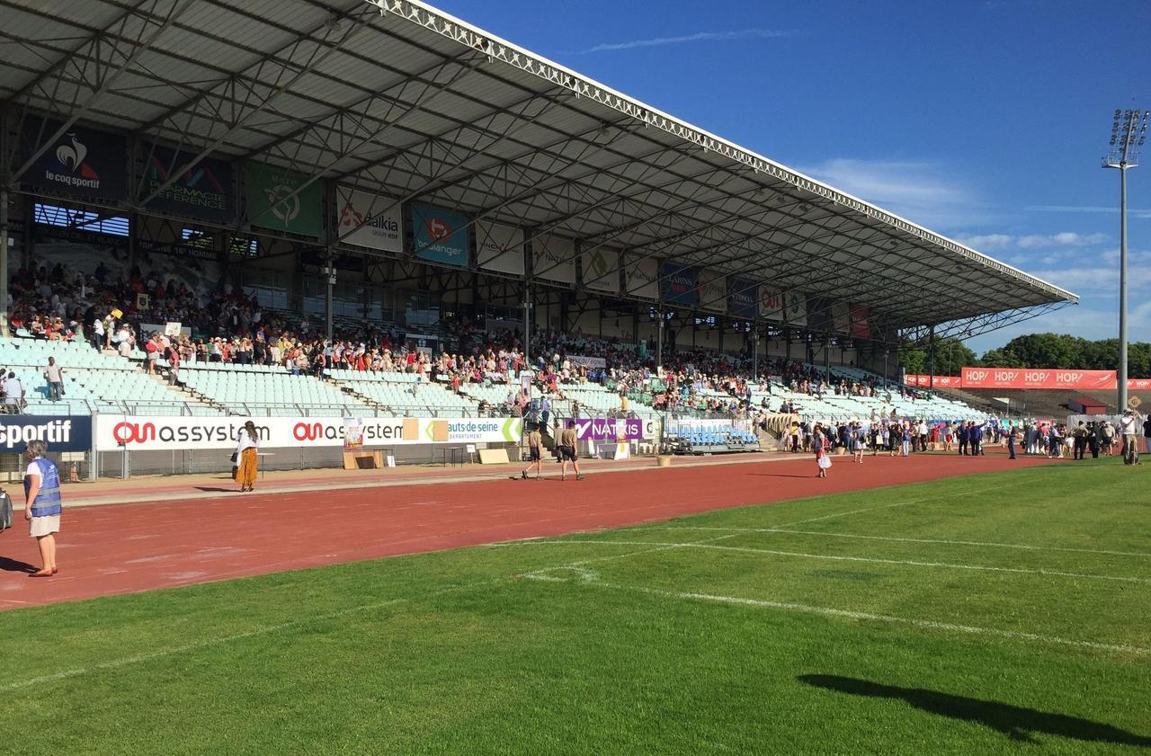 Coupe de France : Gennevilliers recevra Le Mans au stade Yves-du-Manoir de Colombes - Le Parisien