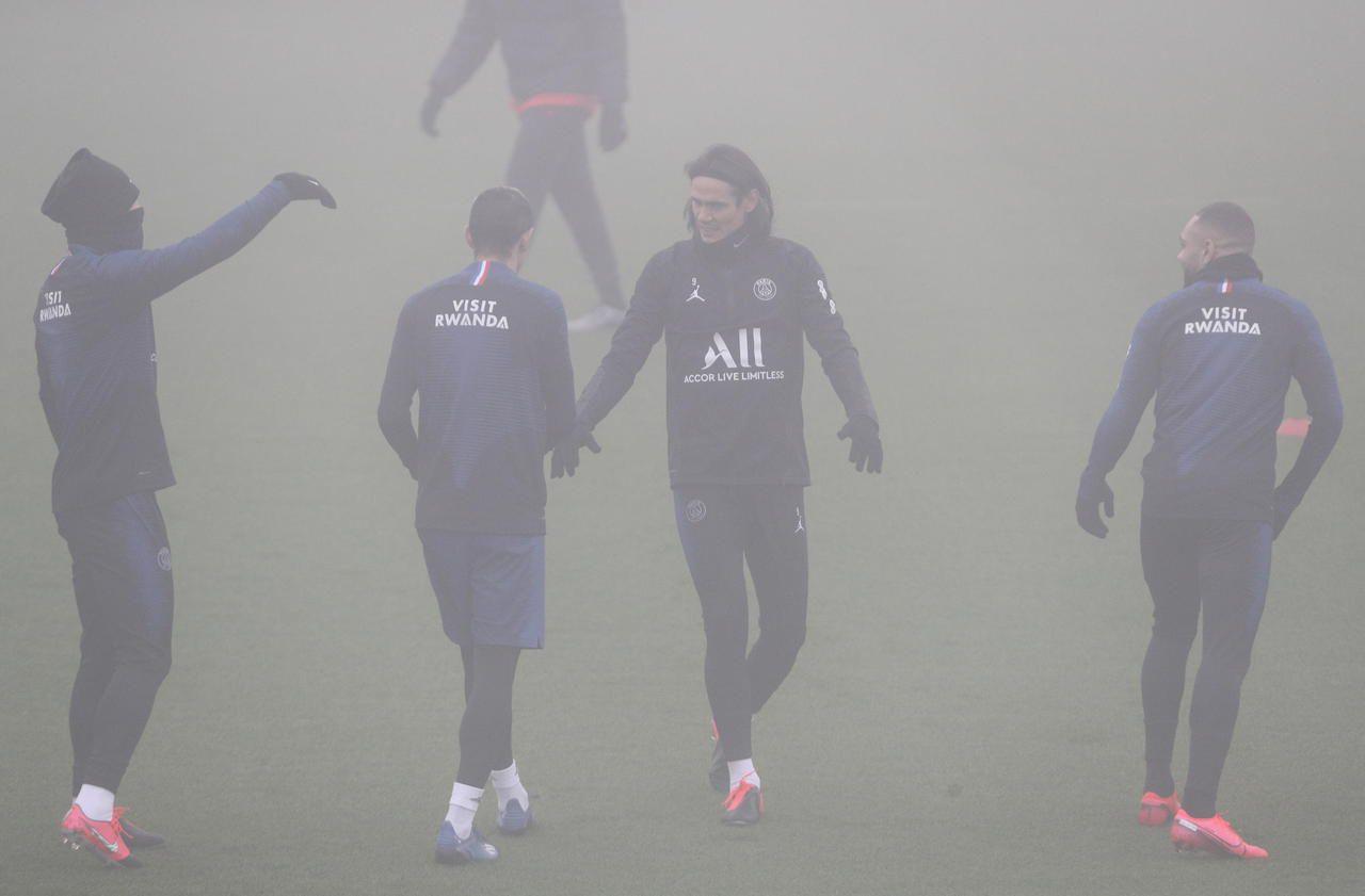 Le PSG s'entraîne dans le brouillard, sans Bernat ni Marquinhos