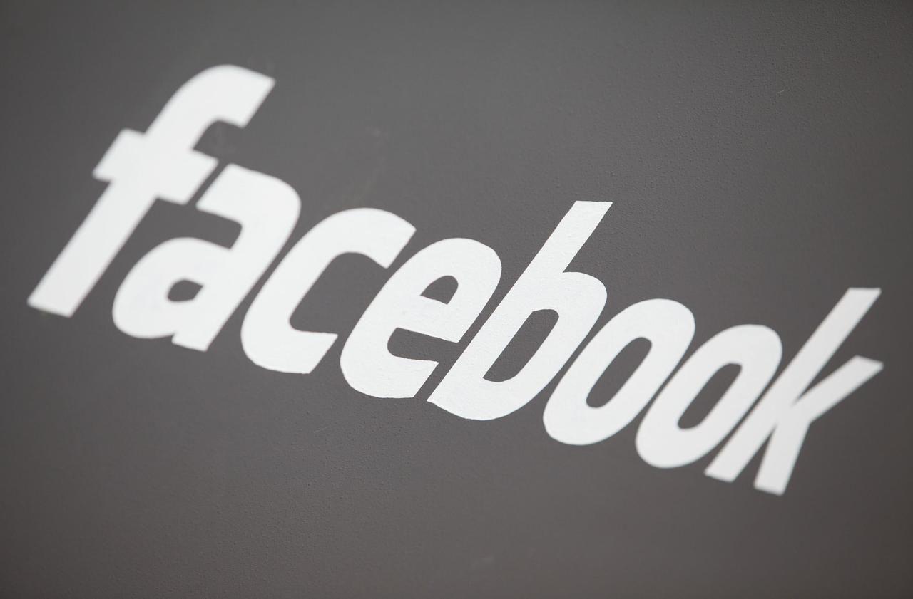 Données personnelles : Facebook suspend des dizaines de milliers d'applications
