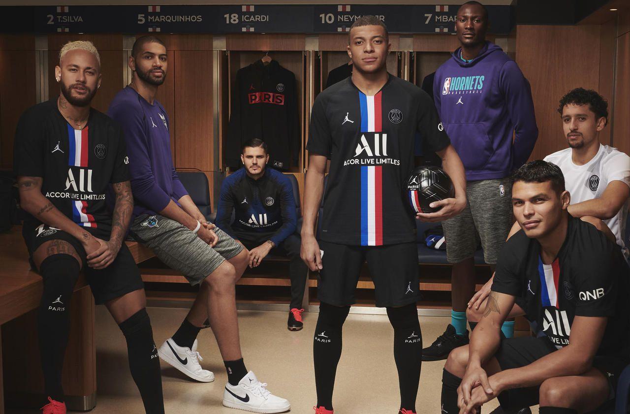 Le PSG dévoile son nouveau maillot Jordan