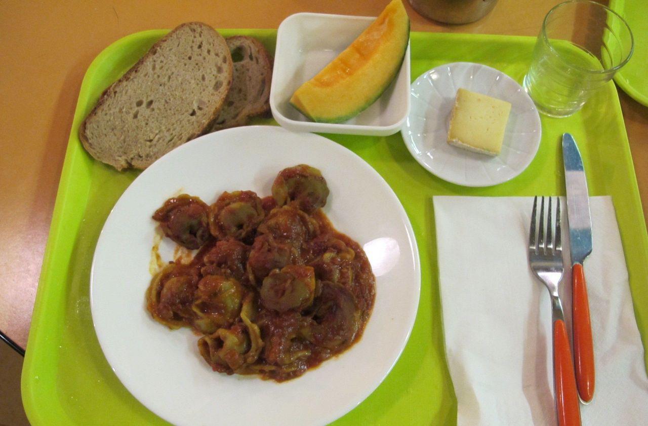 A Bernay, une pétition pour deux repas végétariens par semaine à la cantine - Le Parisien