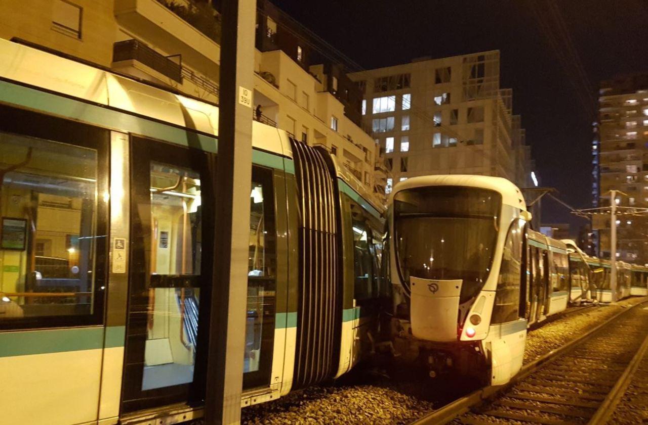 Douze blessés dans la collision entre deux tramways à Issy-les-Moulineaux