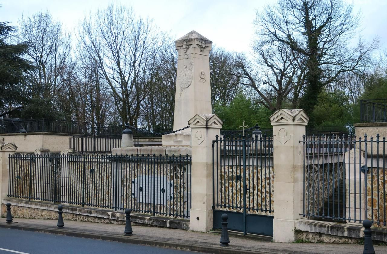L'ossuaire de la bataille de 1870 prend l'eau à Champigny
