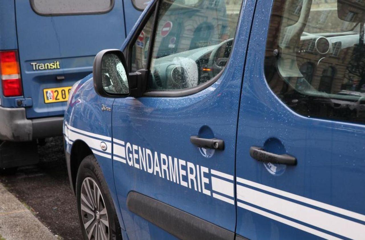 Calvados : l'homme tombé de son toit pendant la tempête a été tué par ses chiens