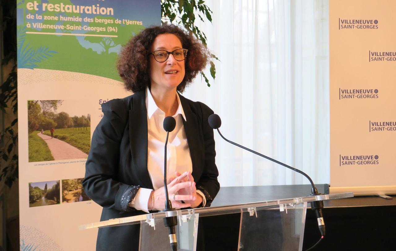 La secrétaire d'Etat Emmanuelle Wargon testée positive au Covid-19