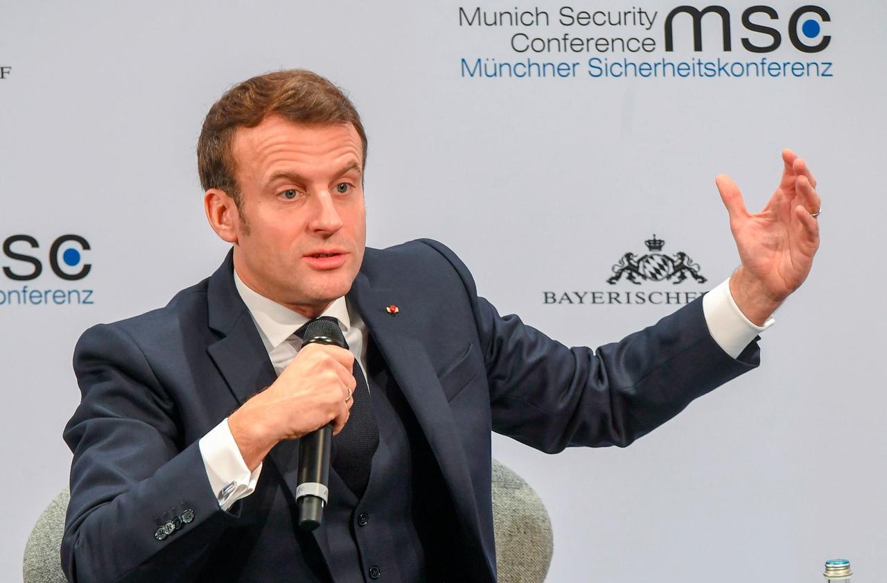 Pour Macron, la Russie va «continuer à essayer de déstabiliser» les démocraties occidentales
