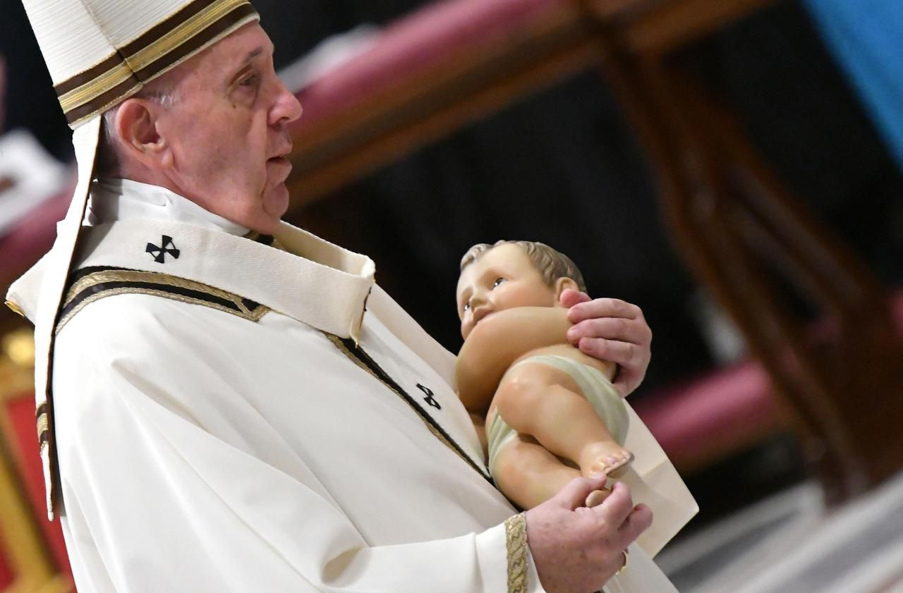 Lors de la messe de Noël, le pape célèbre l'amour «gratuit», gage de paix