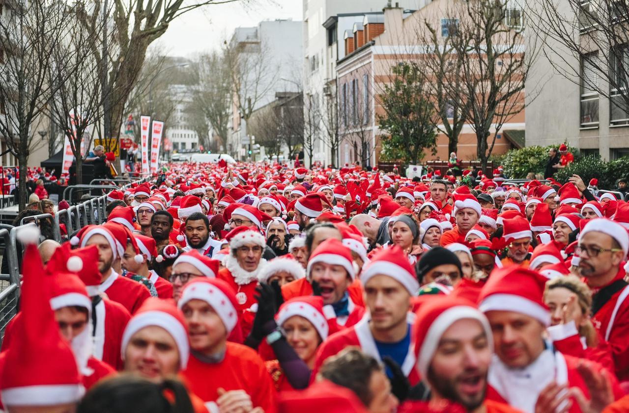 Les pères Noël ont fait leurs courses (à pied) dans les Hauts-de-Seine