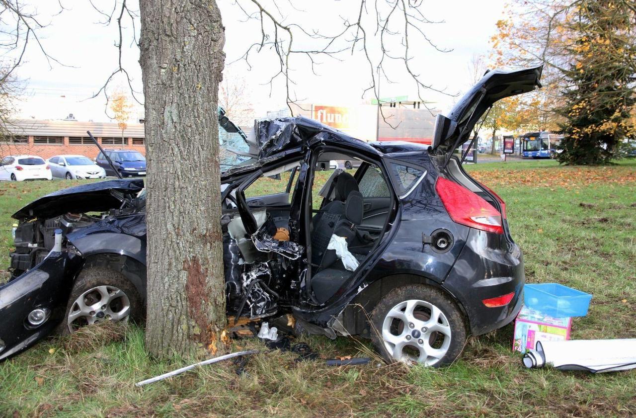 Un automobiliste de 20 ans se tue à Beauvais