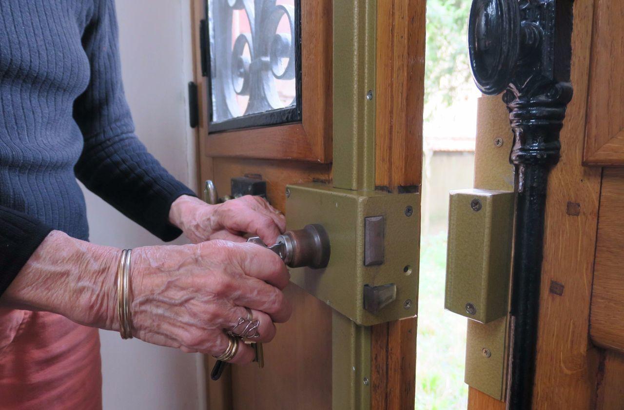 Ile-de-France : en détention pour 67 arnaques aux personnes âgées