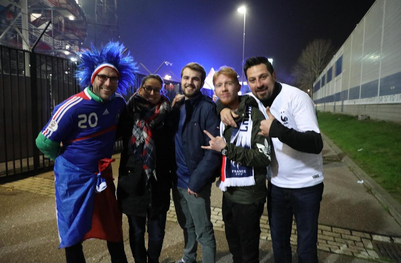 Pays-Bas - France : les supporters des Bleus en nombre à Rotterdam