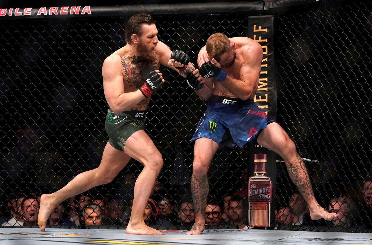 MMA : 40 secondes pour un carnage, Conor McGregor réussit un retour retentissant