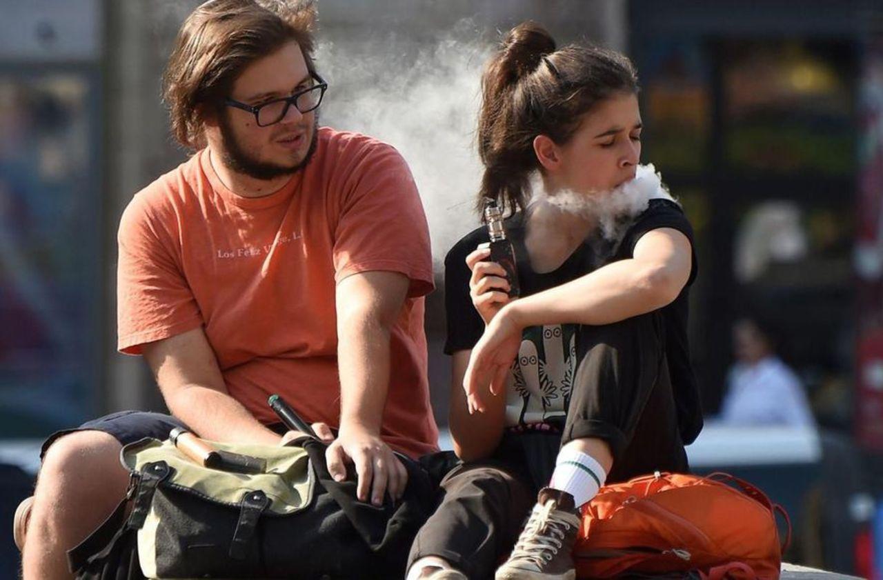Vapotage aux Etats-Unis : le mystère des maladies pulmonaires enfin résolu ?