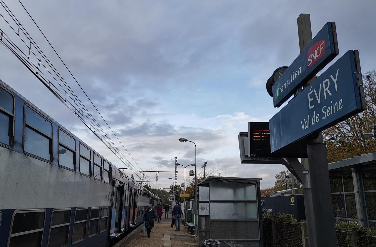 Municipales à Evry-Courcouronnes : la réforme du RER D ne fait pas que des heureux - Le Parisien