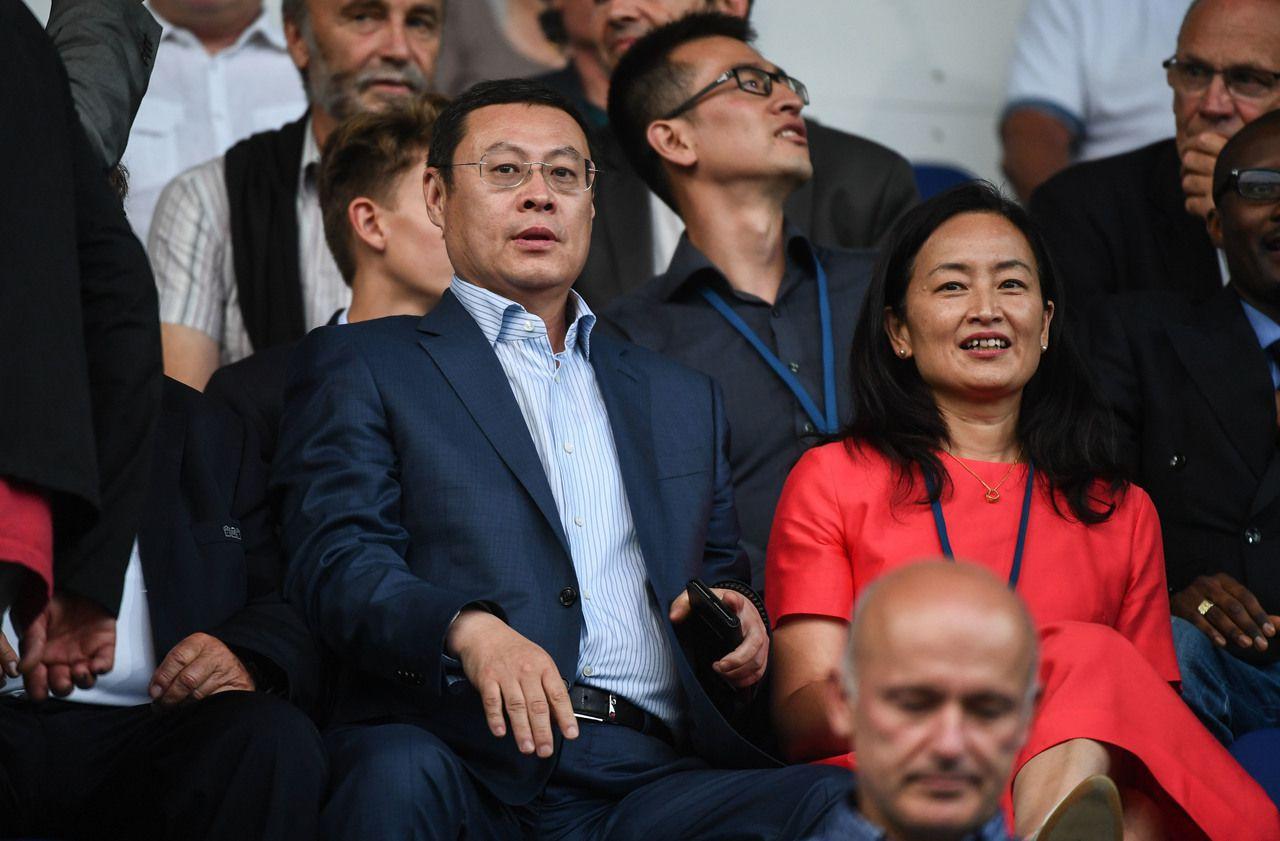 Coronavirus : le propriétaire chinois du club d'Auxerre a envoyé 100000 masques en France