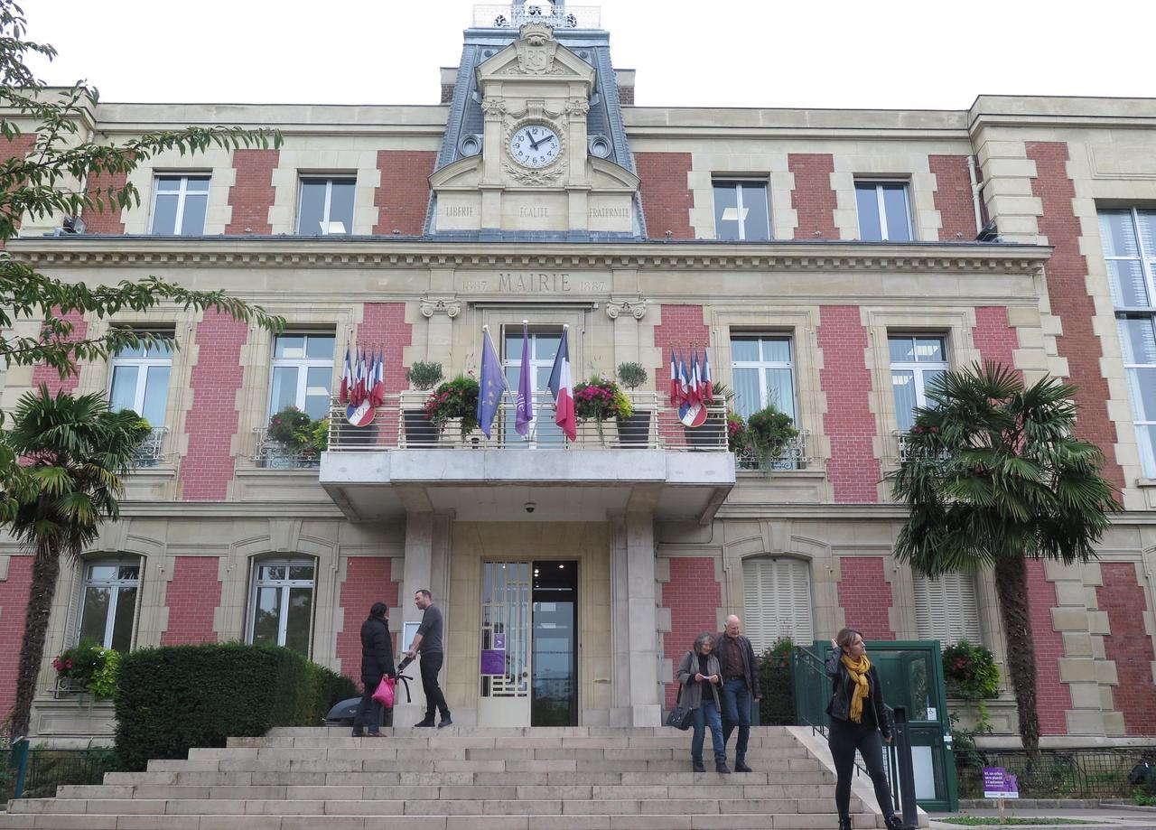 Municipales à Alfortville : les Insoumis réclament une salle pour leur réunion - Le Parisien