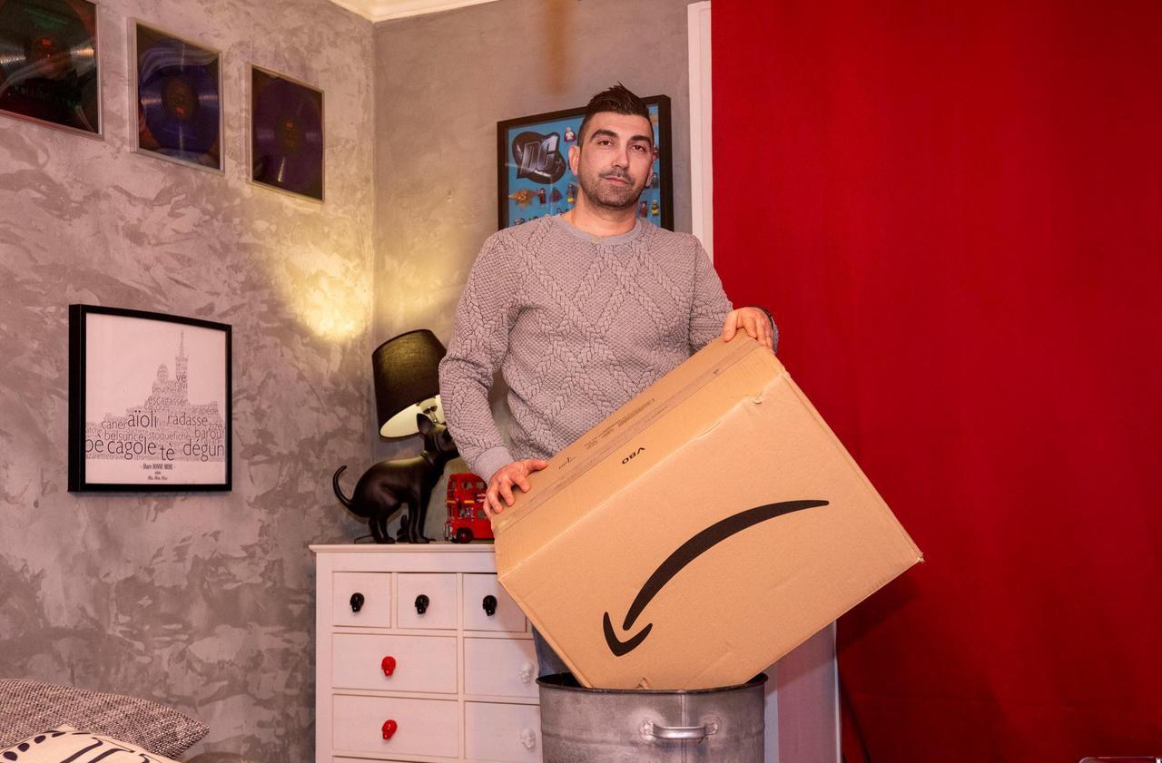 Amazon ferme le compte d'un client marseillais jugé «abusif»