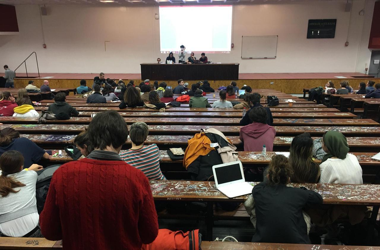 Grève : les partiels reportés à la fac de Nanterre
