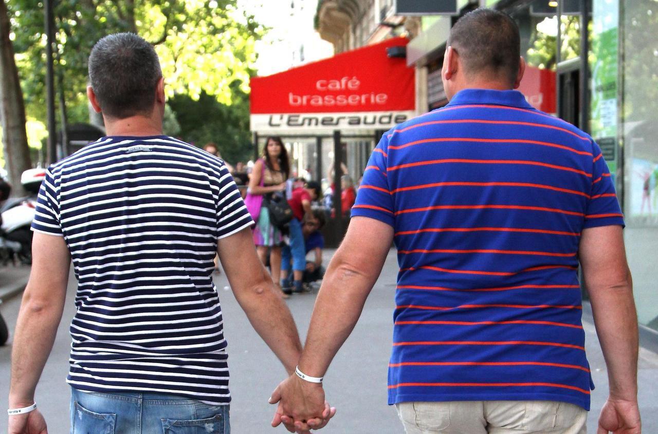 rencontre homo gay à Saint Denis