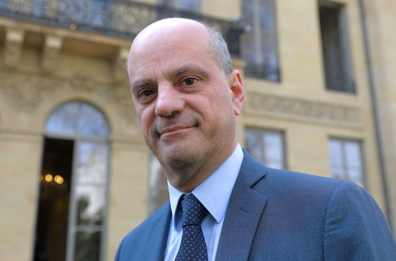 Salaire des profs : la hausse «ne sera pas des clopinettes», assure Jean-Michel Blanquer