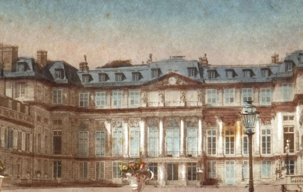 Saint-Cloud : pleins feux sur le palais disparu - Le Parisien