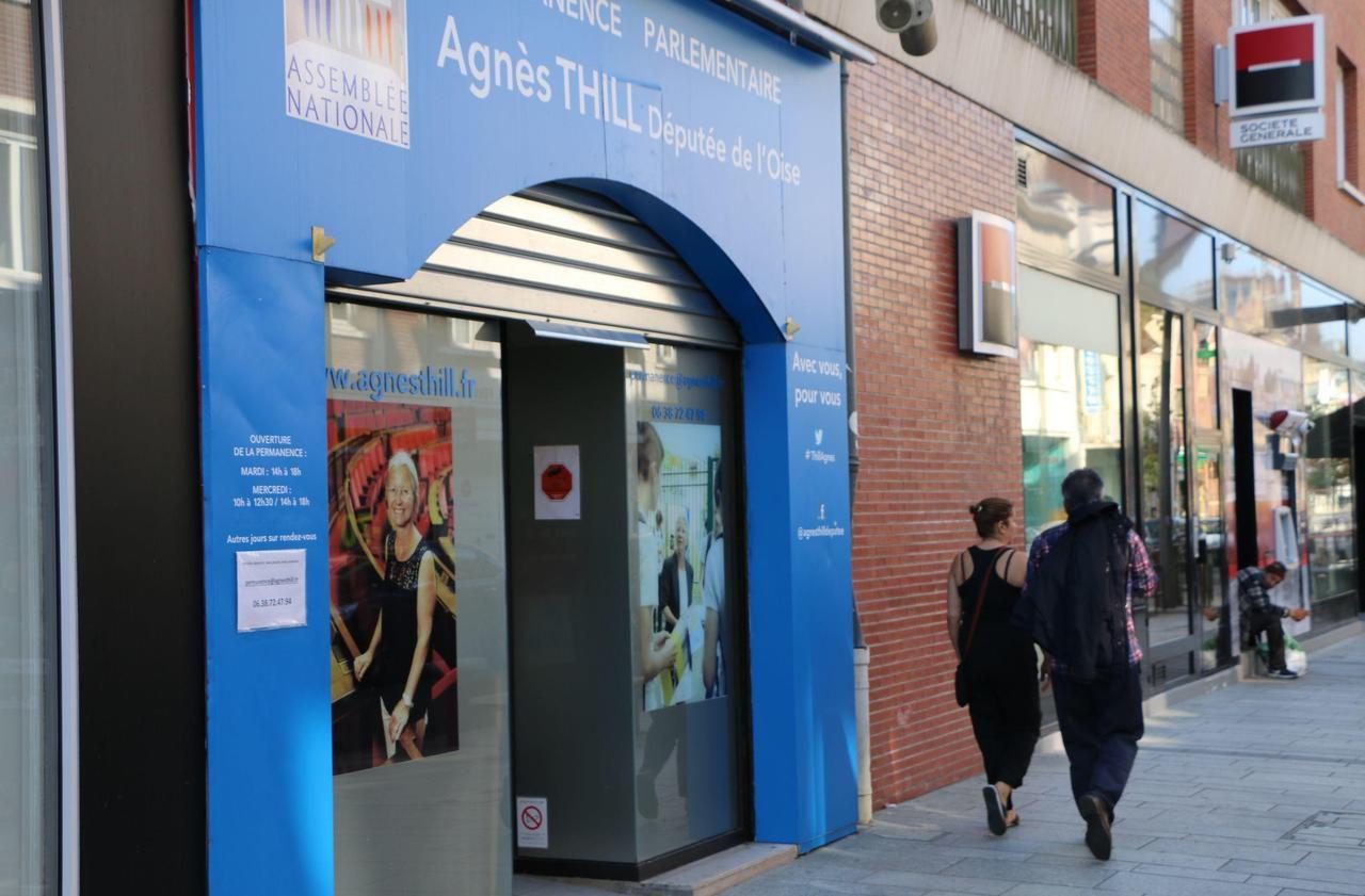Après l'exclusion d'Agnès Thill, entre soutiens et appels à la démission