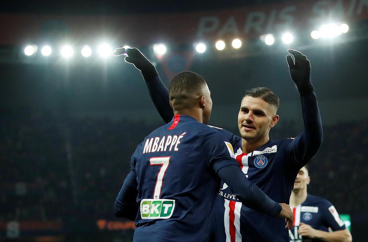 Direct Psg Saint Etienne 6 0 Icardi Signs His First Parisian