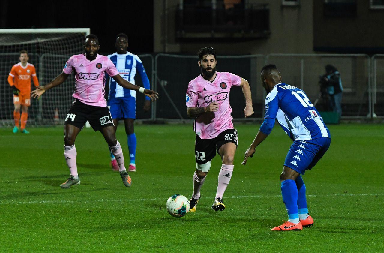 National : « Perdre quatre points comme ça en une semaine, c'est navrant », regrette Bourgaud, le milieu du Red Star