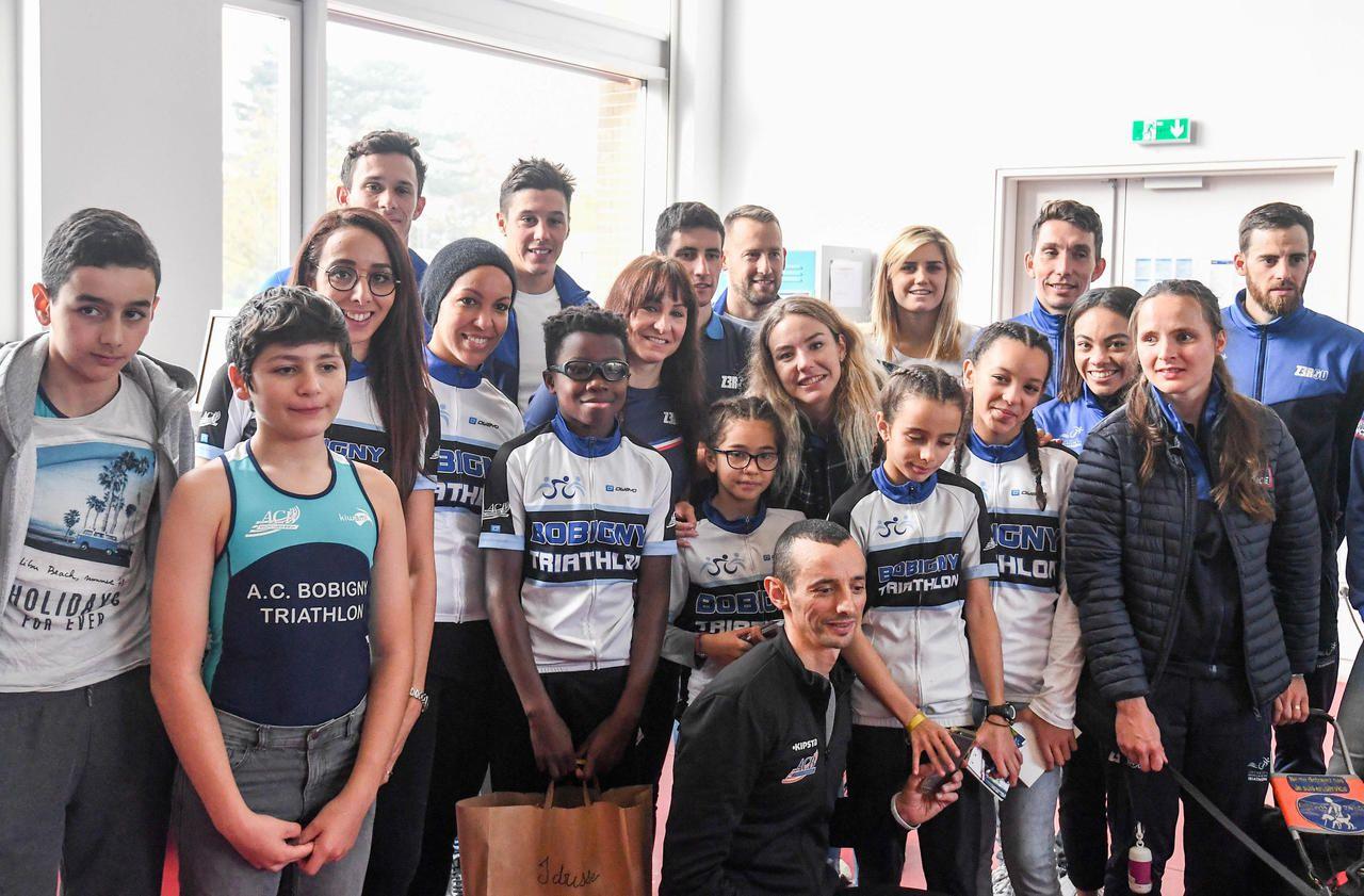 Triathlon : les champions font une surprise aux jeunes de l'AC Bobigny - Le Parisien