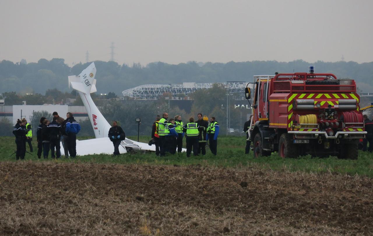 L'aérodrome de Chavenay sous le choc après le crash qui a fait deux morts