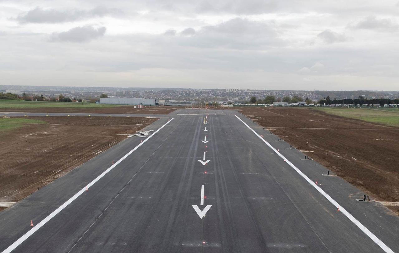 L'aéroport d'Orly retrouve sa piste 3 après plus de quatre mois de travaux