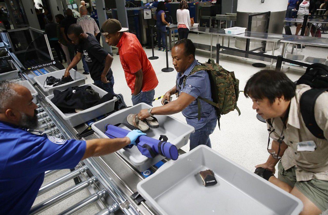 Coronavirus chinois : attention aux bacs en plastique dans les aéroports
