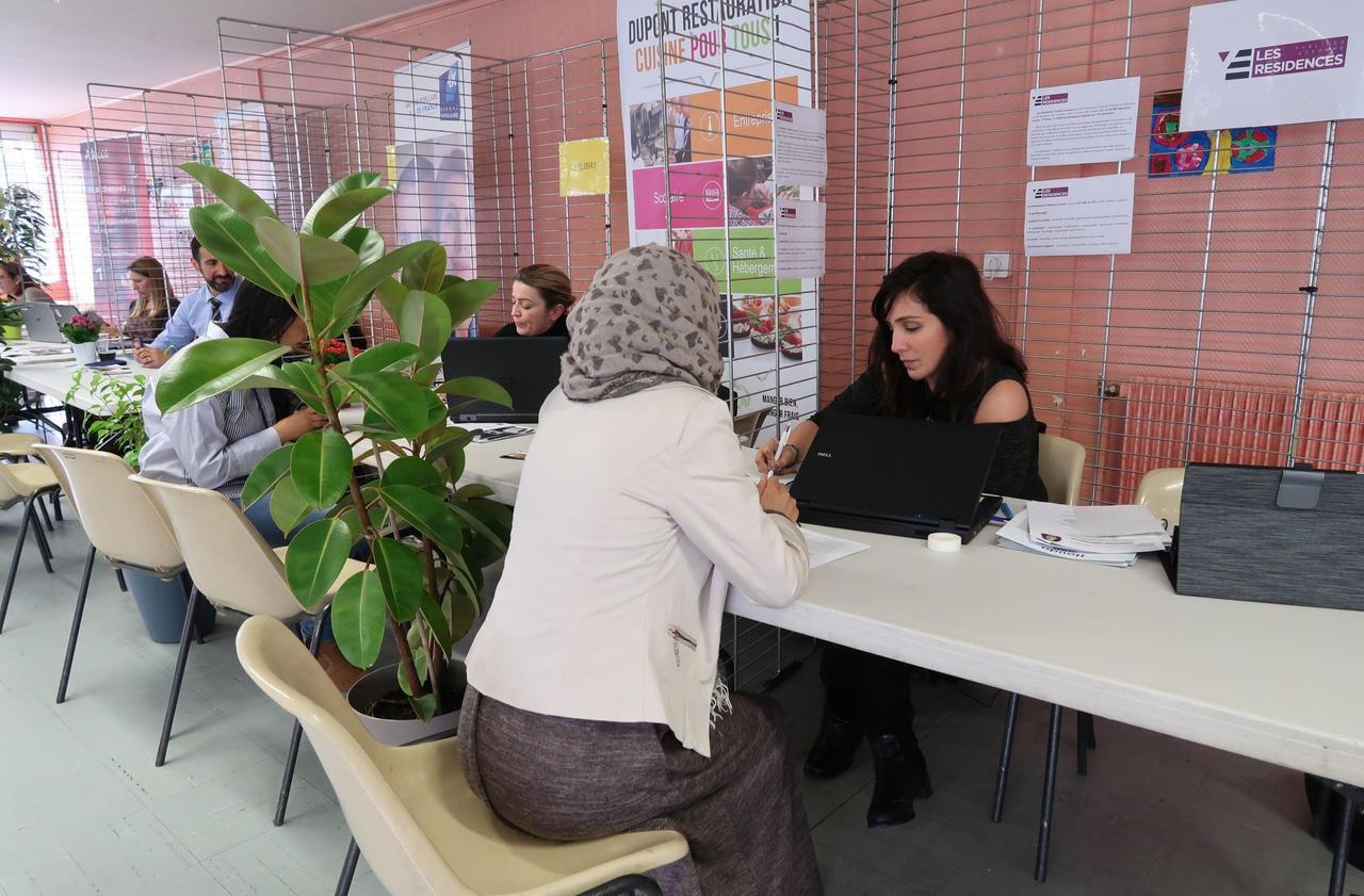 Les Mureaux : 200 candidats et 35 entreprises pour un grand job dating