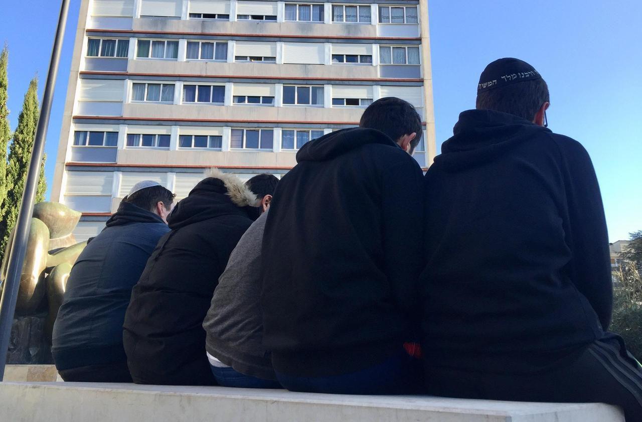 Antisémitisme : «Après 18 heures, quand la nuit tombe, on ne met plus la kippa»