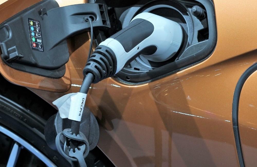 recharger une voiture  u00e9lectrique  combien  u00e7a co u00fbte