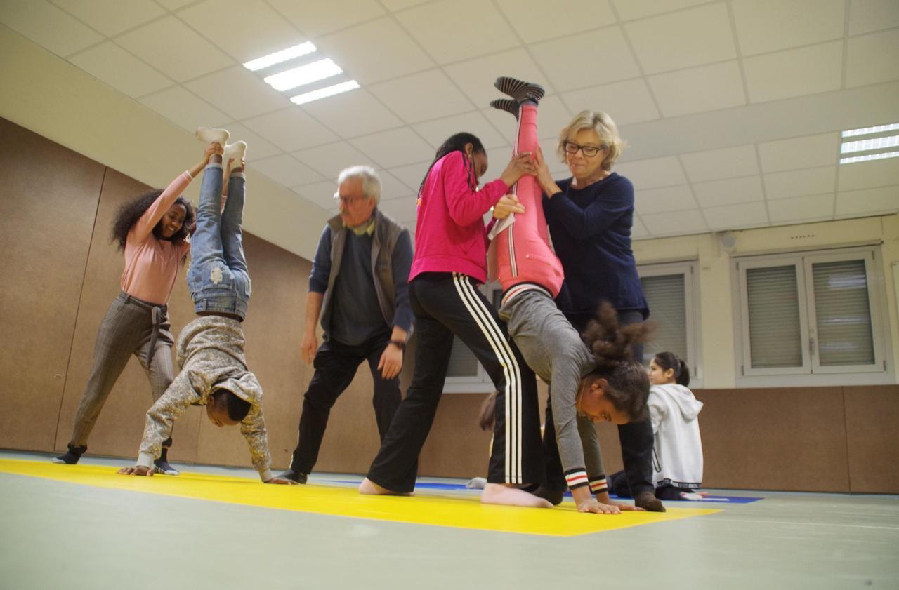 À Noyon, le cirque fait tomber la barrière de la langue au collège