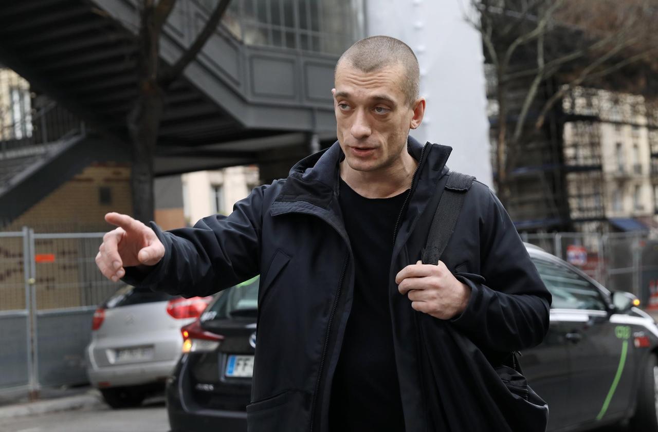 Piotr Pavlenski : «J'ai trouvé bizarre que Benjamin Griveaux démissionne»