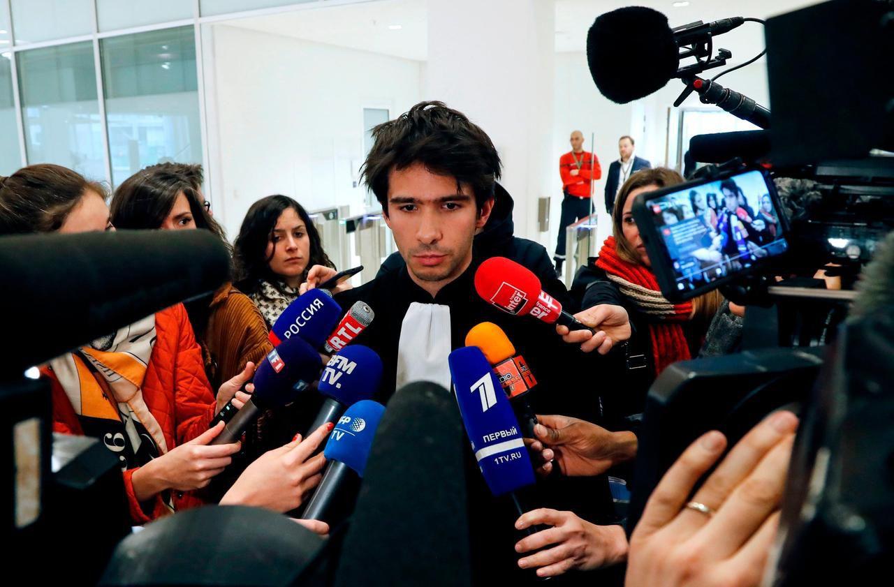 Affaire Griveaux : Juan Branco renonce à défendre Pavlenski, malgré «l'absence de conflit d'intérêts»